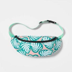 Target Bags - Fanny Pack Cooler Tropical leaf - Sun Squad